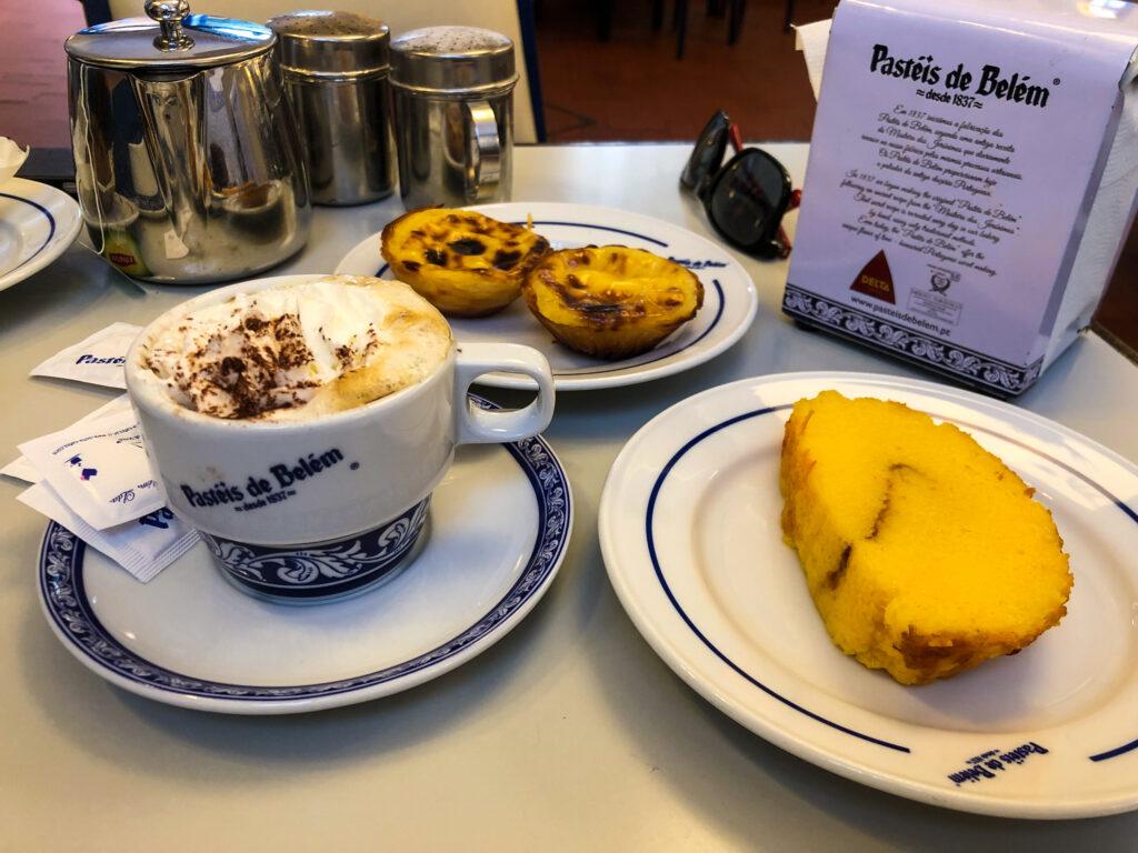 Délicieuses Pasteis de nata - la patisserie de Pastéis de Belém