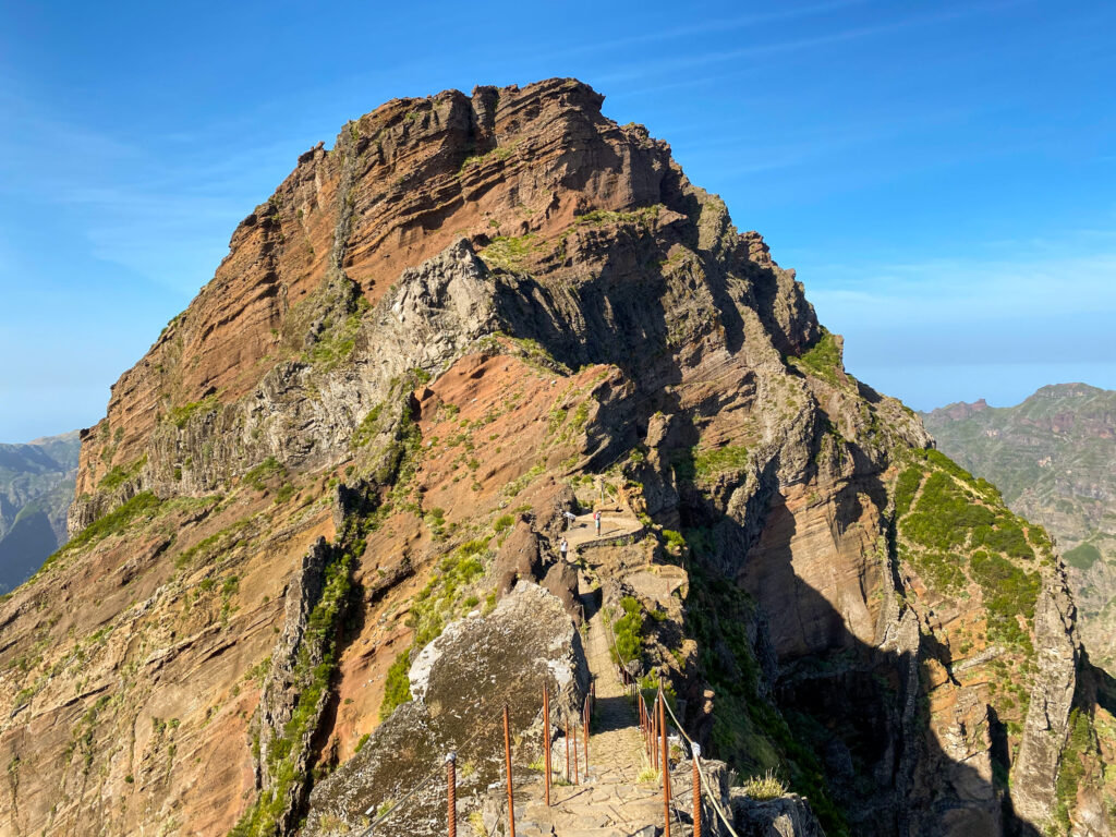 The scariest section of the hike about 30 minutes after the beginning of the hike - PR1 from Pico do Arieiro
